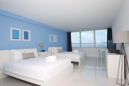 Amazing Studio Ocean View w/Kitchenette - Miami
