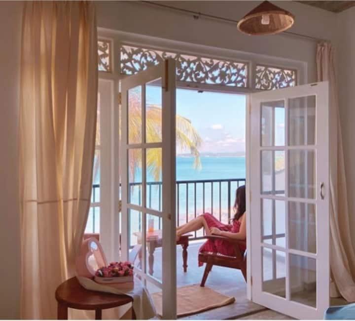 """""""Mamma Mia Mirissa"""" N8, ocean view, AC, breakfast"""
