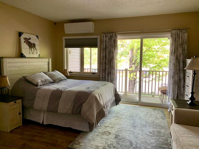 Studio Condo in Hotel Resort at Loon Mountain