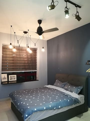 Cozy Room [ loft concept]