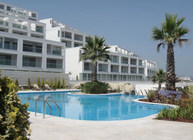 Cherry Grove Penthouse Apartments - Güllük - Apartment
