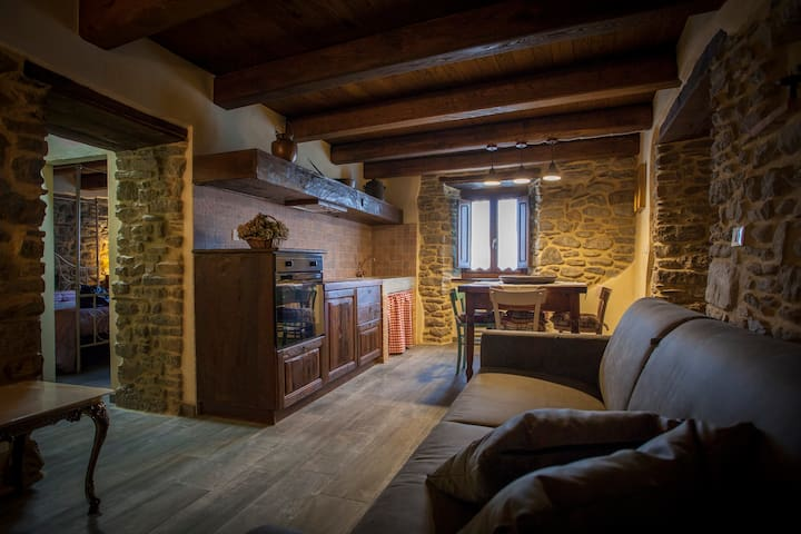 Letto A Castello Cia International.Airbnb Castel Focognano Vacation Rentals Places To Stay