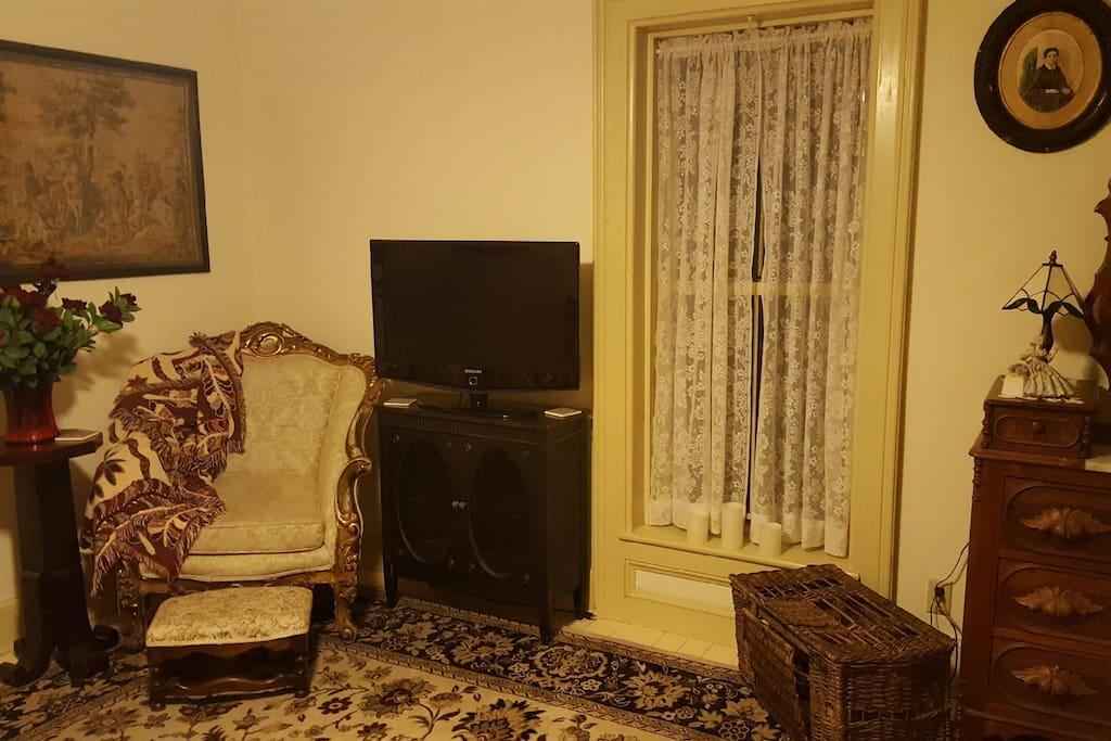 TV & Seating