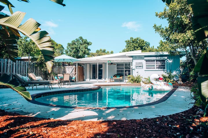 ✯Heated Pool(Optional)*King Beds ✯Close to Beach⛱