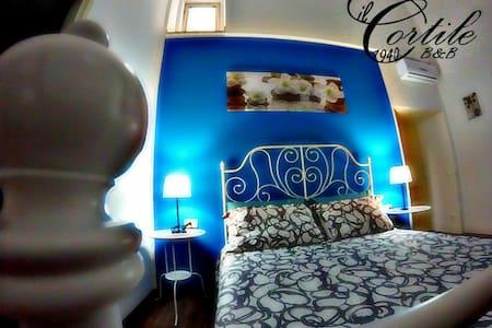 Il Cortile 1940 BnB    (Stanza blu) - Scicli - Bed & Breakfast