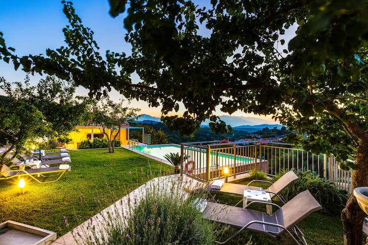 "Villa Kleanthi, ""Away From It all""! - Rethymno - วิลล่า"