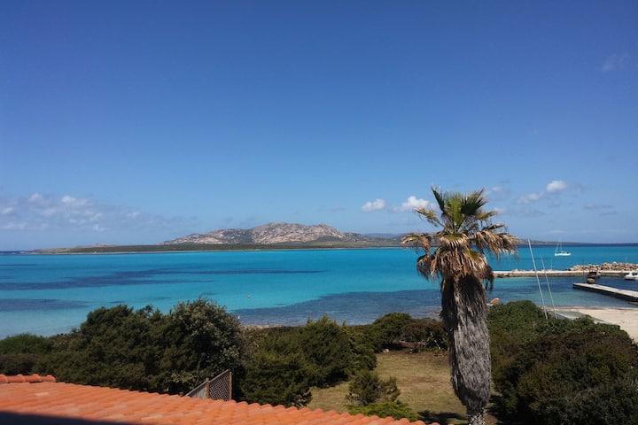 Villa con accesso al mare e vista mozzafiato