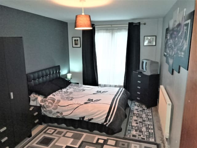 Stunning and carefree room/flat in great location