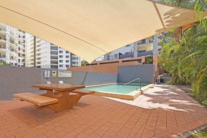 Private Room in CBD with Ensuite - Darwin - Apartamento