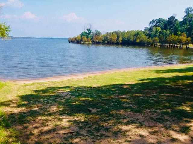 Lake Sam Rayburn with views