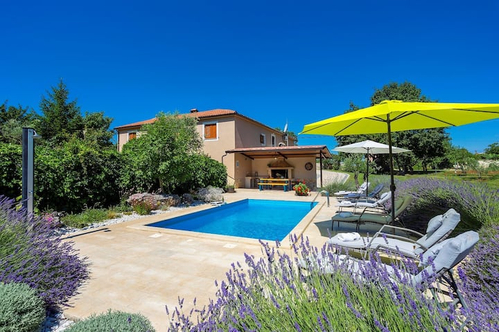 Villa Krizanci with Private pool and Fenced garden