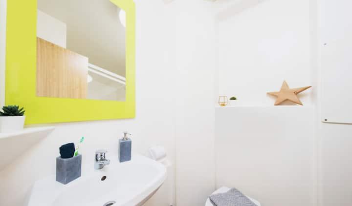 Student Only Property: Grand Premium Range 1 Studio - LOS 12 months 10% off