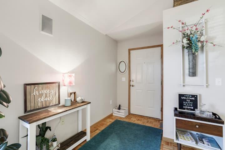 Cozy, Private 2 BR, 2 Bath Home in Urbana