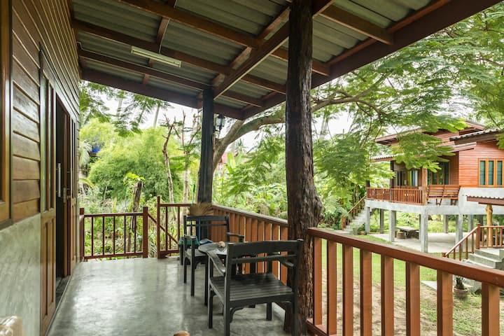 Jule Red Villa, Koh Phangan, Thailand