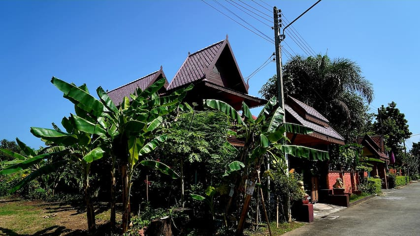 Lanna wooden  Villa
