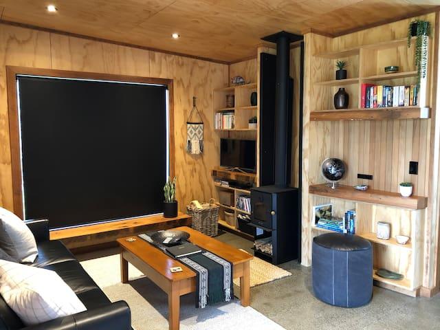Tau Studio - Brand new boutique accommodation
