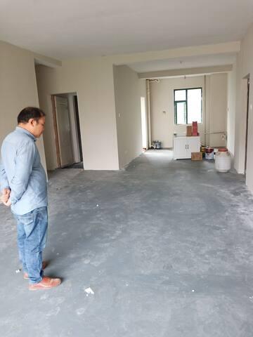 银桂苑简装毛坏房,给需要工作室的你一个创作空间