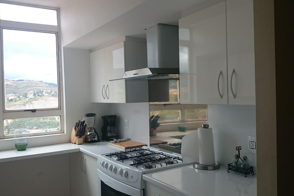 Cocin totalmente equipada con todos los electrodomésticos y  utencilios