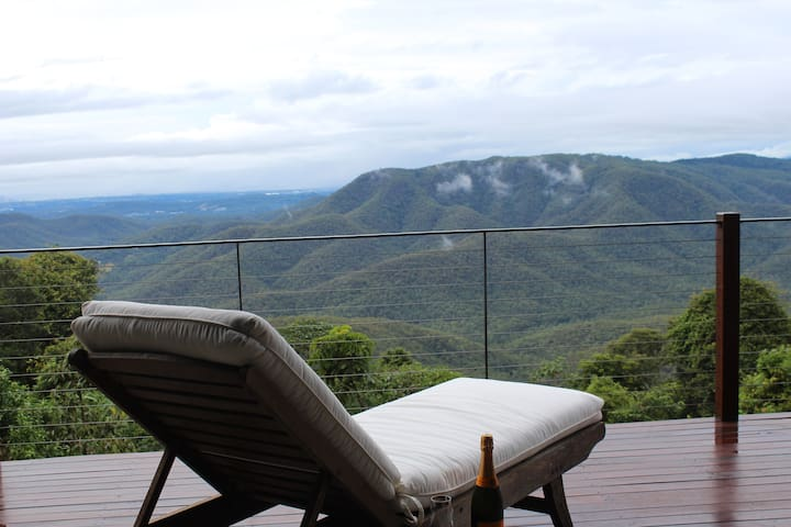 EXHALE 2: Breathtaking Views on the Mountain Edge - Tamborine Mountain - Apartamento
