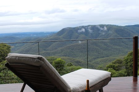 EXHALE 2: Breathtaking Views on the Mountain Edge - Tamborine Mountain - Apartemen