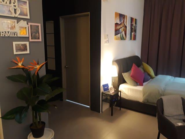 J20 Cool Cottage Golden Hills Pasar Malam/TVbox