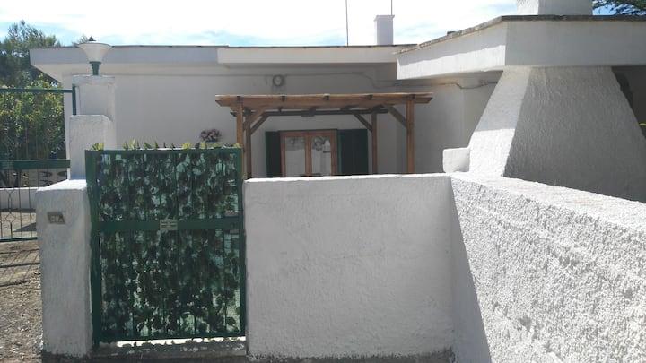 Villa Anna (short lets)