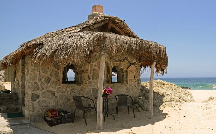 Stone Beach Cottage
