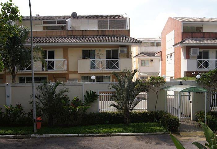 Casa Recreio com 320m² - Rio de Janeiro - House