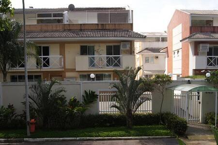 Casa Recreio com 320m² - Rio de Janeiro