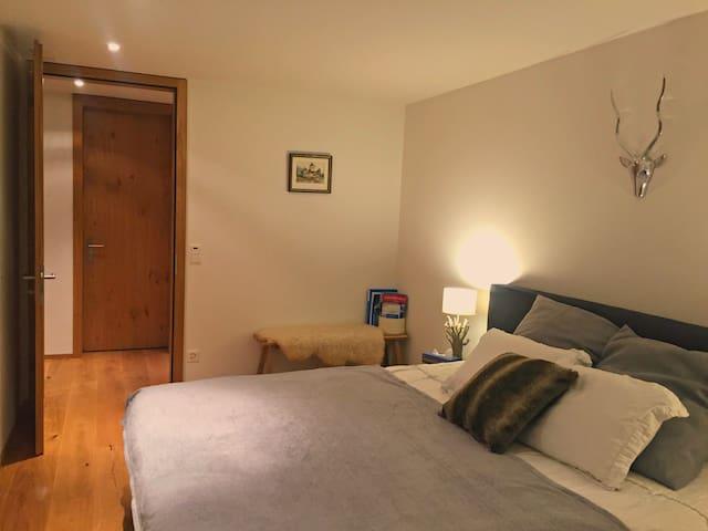 Luxury Room in the heart of town - Grindelwald - Lägenhet