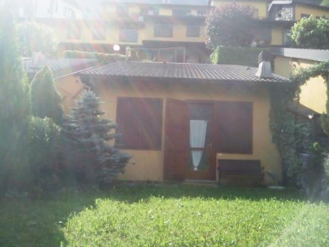 Villetta graziosa con camino, panorama e ozio - Gromo - Casa