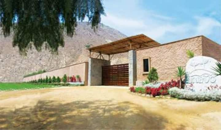 Casa de Campo, en condominio (Huarochiri)