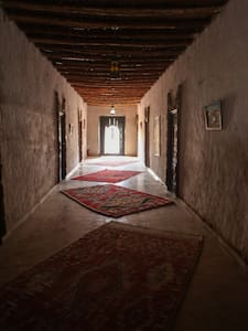 Traditional style kasbah on the foot of the Dunes - Merzouga - Penzion (B&B)