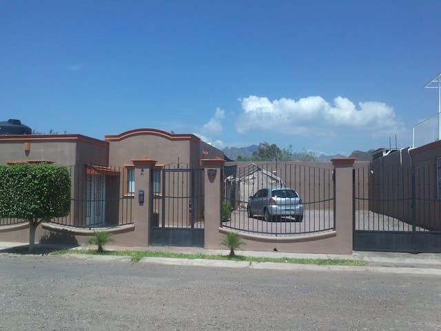 VILLAS TETAKAWI  Casa TORIM 48 GYM cerca - San Carlos Nuevo Guaymas - Casa