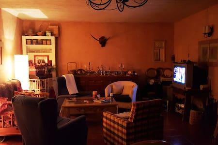 Casa con Chimenea en Segovia con Cordero Asado - Lastras de Cuéllar - Talo