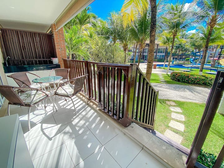 Beach Living por Be My Guest | Pé na Areia e Restaurante
