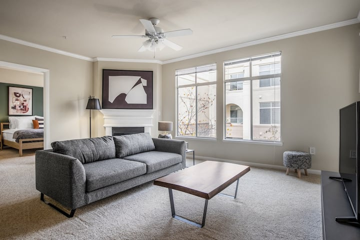 Bright San Mateo 2BR w/ Gym, Pool, Park, near Downtown, by Blueground
