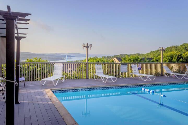 Pool | Wi-Fi | Lake View | Close to Silver Dollar City (131709)