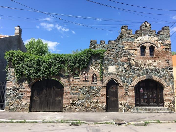 Del Mar Castel