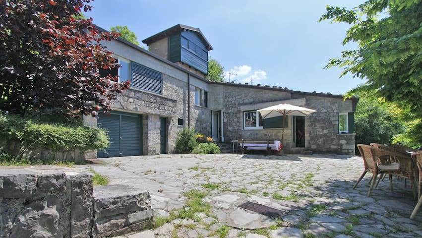 Roccolo tower and extension Villa - Province of Bergamo - House