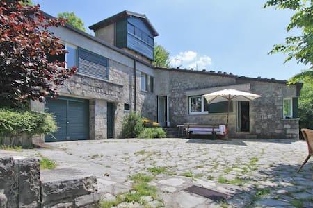 Villa / Roccolo Tower and extension - Province of Bergamo - Dom