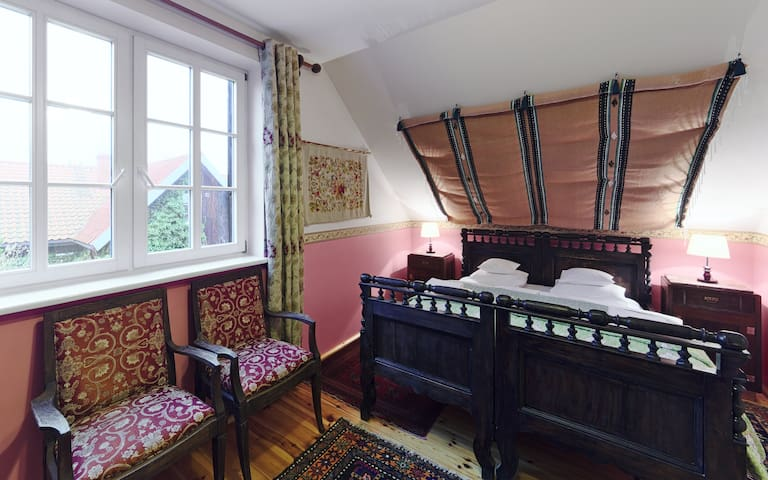 Double bed, first bedroom