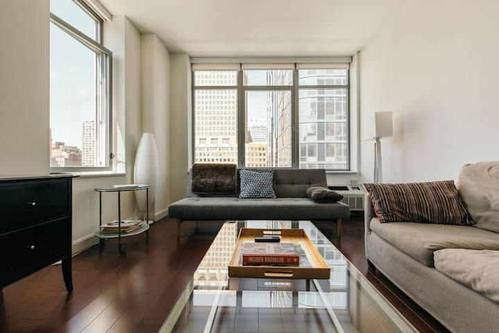 Modern, Bright, Private Bklyn Room w/ 2 Beds