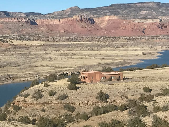 Stellar Home on Abiquiu Lake - Abiquiu - Ev