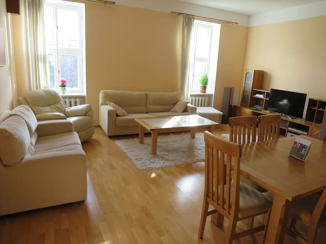Cozy 75m2 apartment in old town - fast response