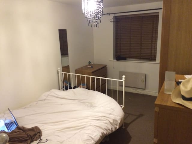 Entire one bed flat in Epping - - Epping - Apartemen