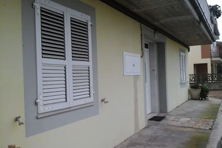 Bilocale per brevi e lunghi periodi - Provincia di Fermo - 公寓