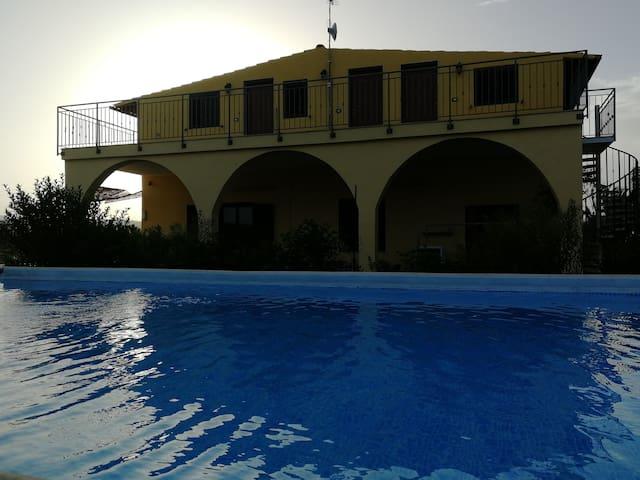 Villa Finaiti - Terra