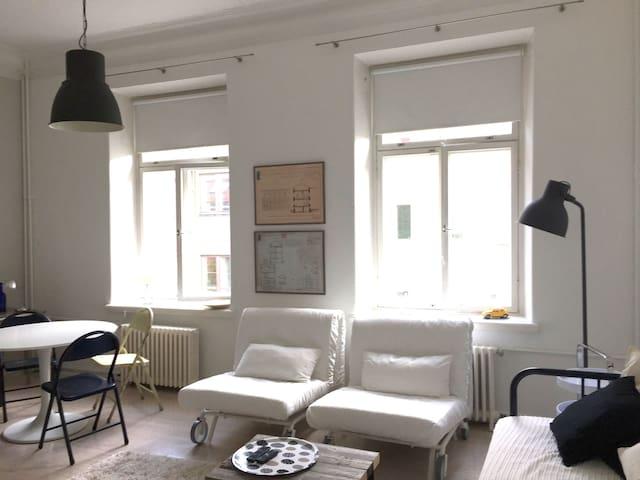 Nice+cosy 40 m2 size 2 rooms flat in Helsinki city