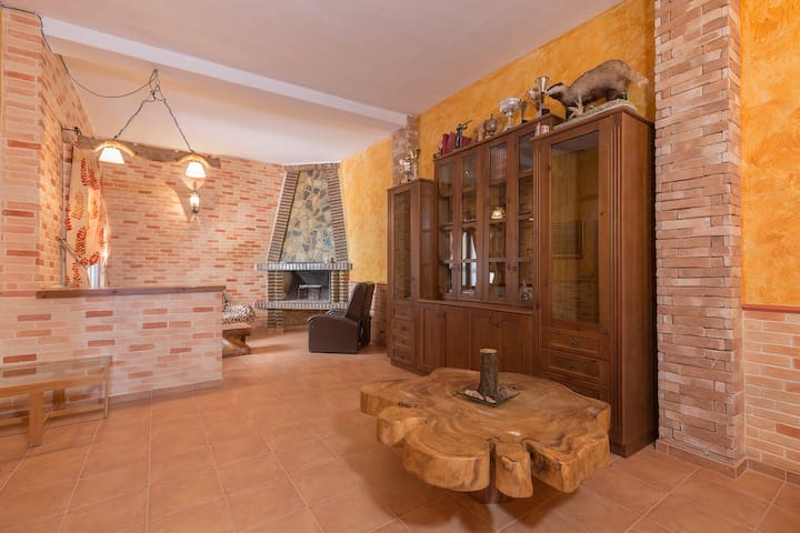 "MAGNIFICENT HOUSE BY THE LAGOON ""PEDRERA"" - Torremendo - Talo"